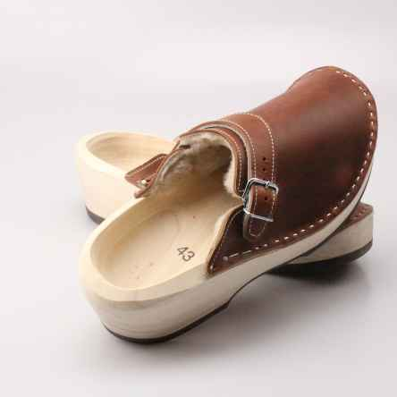 https://holzschuhe.at/en/shop/category/wooden-shoes-with-leather