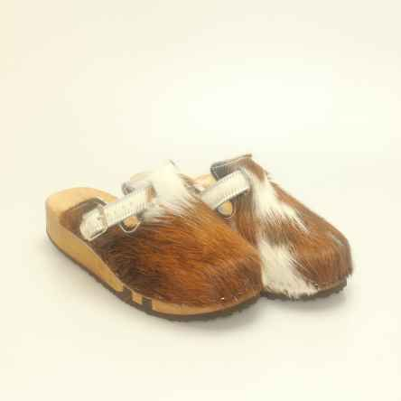 https://holzschuhe.at/de/shop/kategorie/clogs-in-fell
