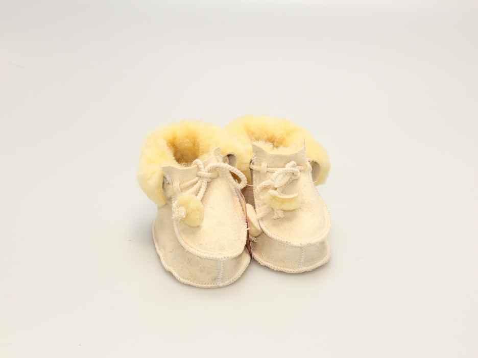 Babyschaffellschuhe
