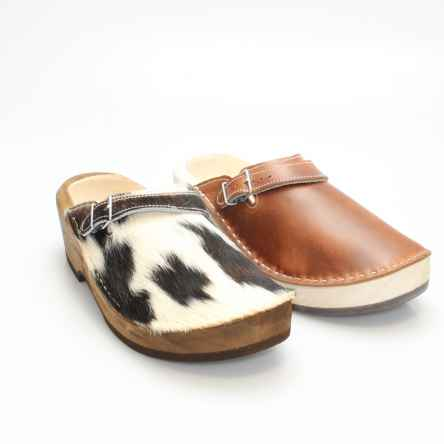 https://holzschuhe.at/en/shop/category/wooden-shoes